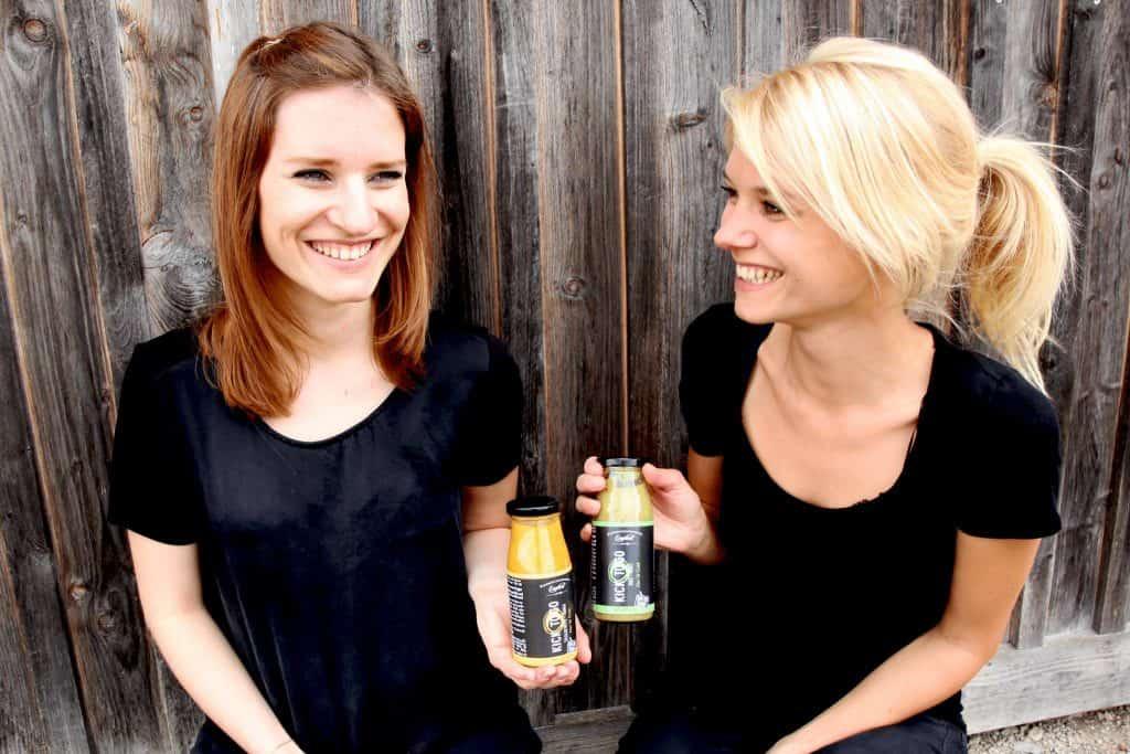 Gründerinnen von Kick To Go Laura & Christina