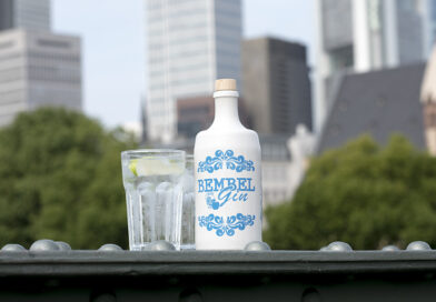 Bembel Gin: Den fruchtig, frischen Apfel-Gin gibt es nun auch im 2,0 Liter Bembel